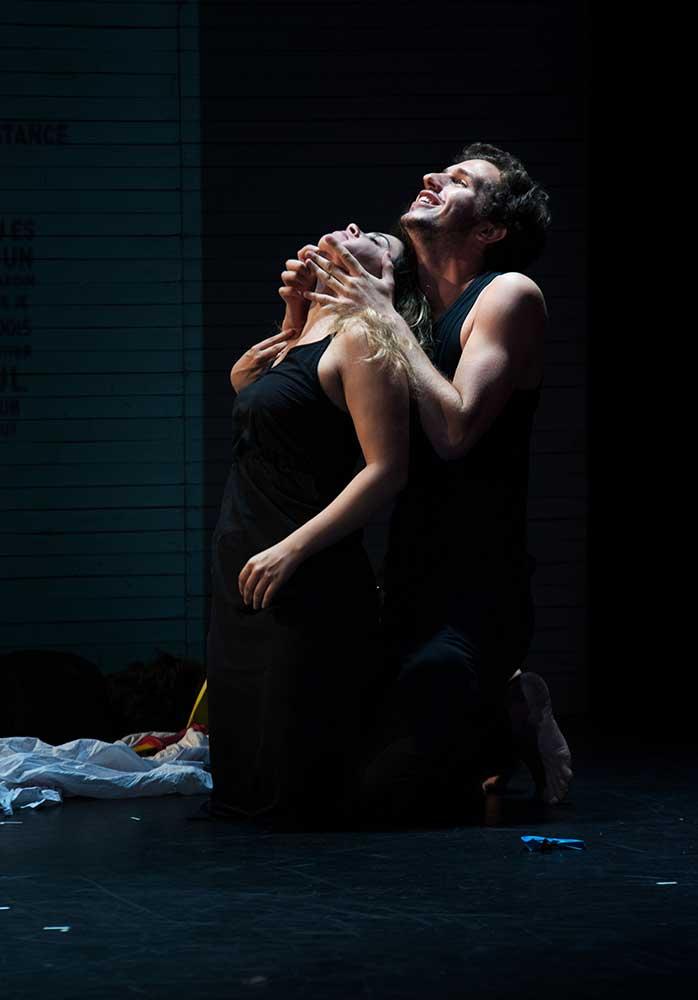 Des Mots Des Mots Des Mots avec Victor Belmondo, dans une représentation du Cours Peyran-Lacroix