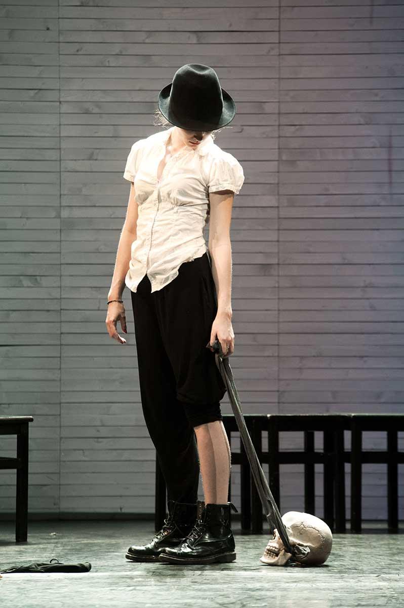 Jeanne Lambert dans Cut Up présenté par le Cours Peyran-Lacroix