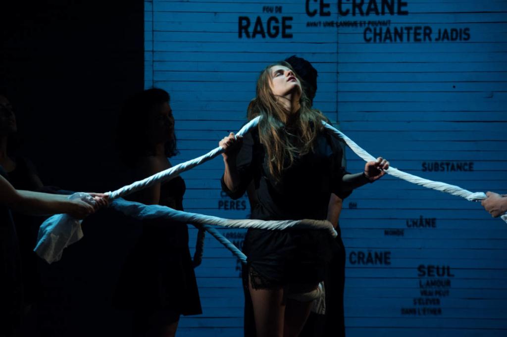 Phot de spectacle illustrant la charte du Cours Peyran Lacroix